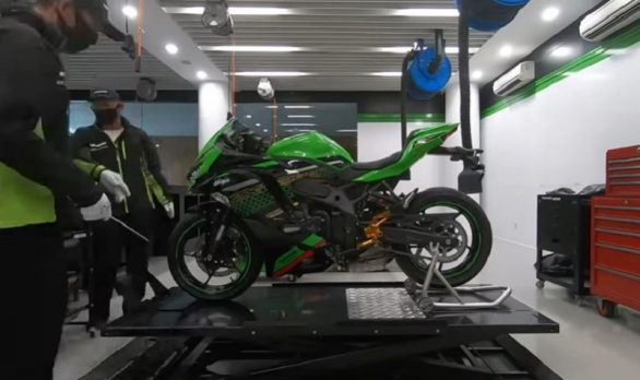 Kreatif Tanpa Batas, Kawasaki Indonesia Modif  Ninja ZX-25R