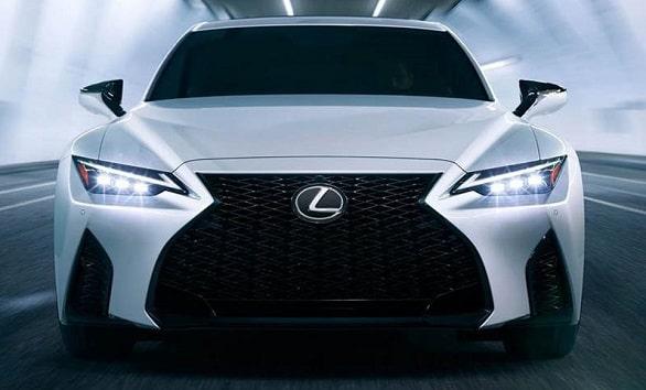 toyota-lexus-makin-elegan-dengan-meluncurkan-mobil-terbaru-is-2021