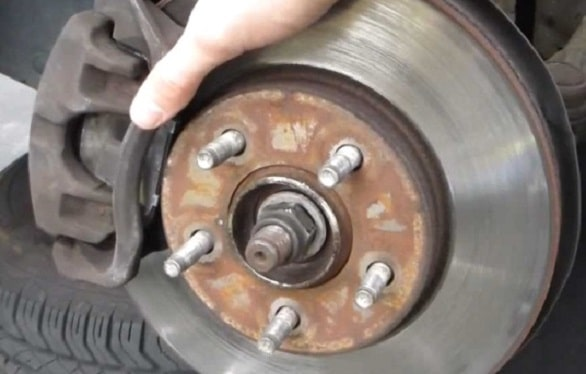 cek-5-bagian-komponen-kaki-kaki-mobil-yang-rawan-rusak