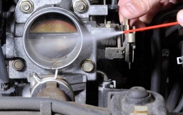 8-cara-perawatan-mobil-yang-menggunakan-sistem-bahan-bakar-injeksi