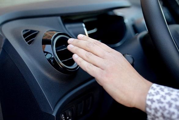 Selain Servis Ini Tips Merawat AC Mobil Agar Kembali Dingin